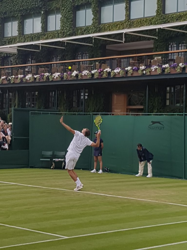 physiotherapy in London for tennis and sports injury